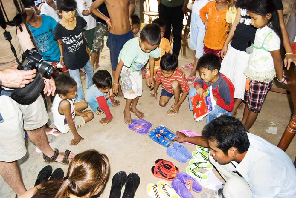 visit orphanage cambodia