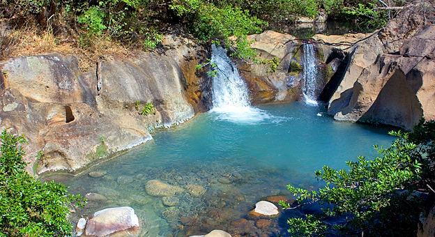 best waterfalls cr