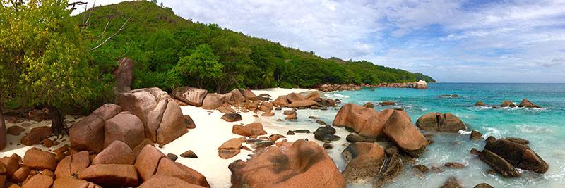 best beaches praslin