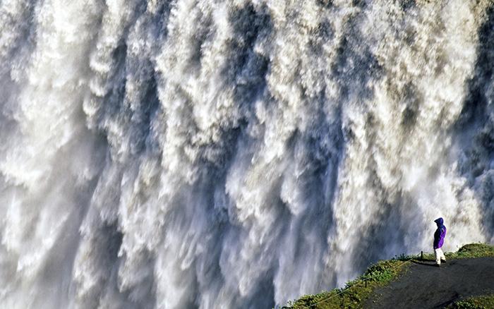 worlds biggest waterfalls