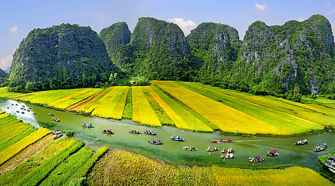 karst mountains vietnam